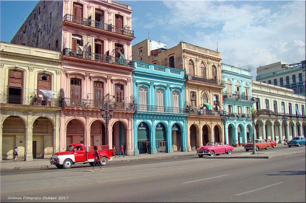 Havanna Cuba Paseo de Marti (Prado). Photo credit: Jorbasa